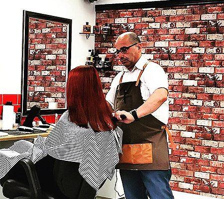 Men's Barbers In Harlow Gentlemans Boys Haircut